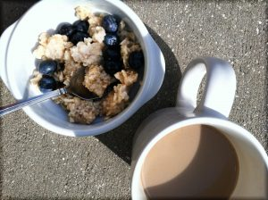 blueberries oatmeal coffee MGD©